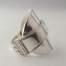 Stunning Handmade Antique Chunky Sterling Silver Spoon Ring dated 1964 Unique